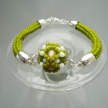 Spring Green Armband