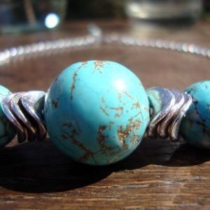 http://krisztaline.com/313-thickbox_default/turquoise-howlite-necklace.jpg