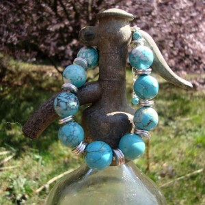 http://krisztaline.com/350-thickbox_default/turquoise-howlite-jewelry-4.jpg