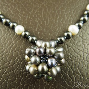 http://krisztaline.com/749-thickbox_default/anthracite-and-ivory-necklace.jpg